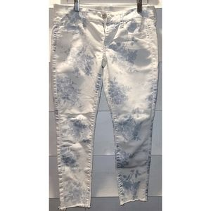 Floral AE Cropped Jeans